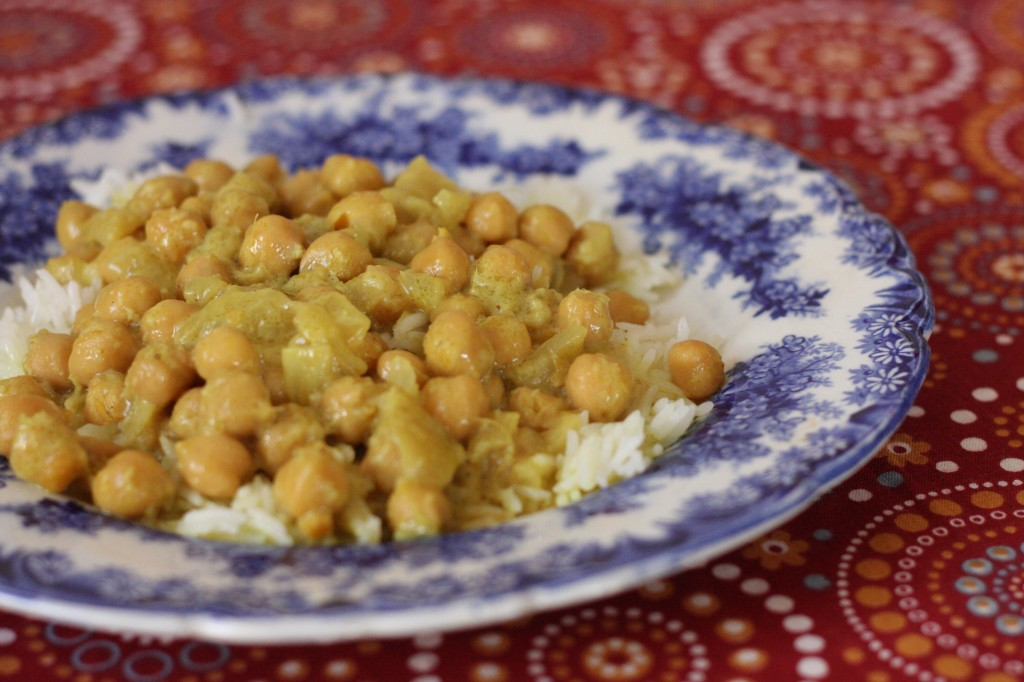 Quick Chickpea Coconut Curry - MyRealFoodLife.com