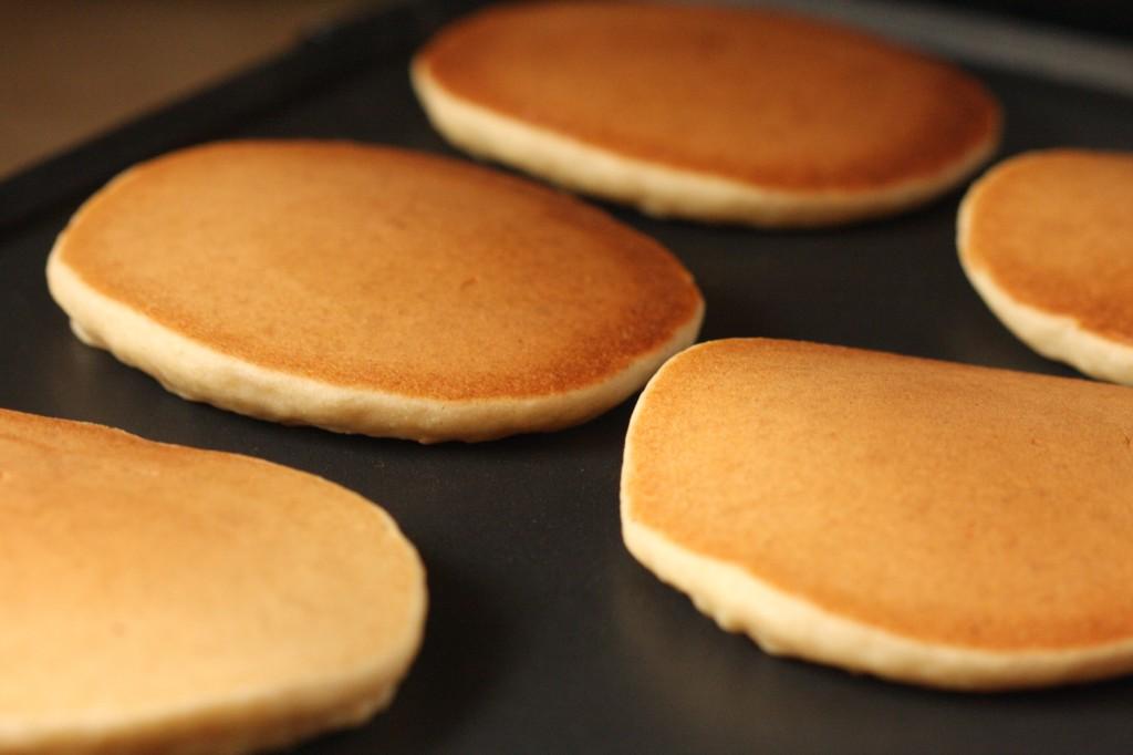 Gluten Free Vegan Fluffy Pancakes! (nut free, sugar free, xanthan free ...