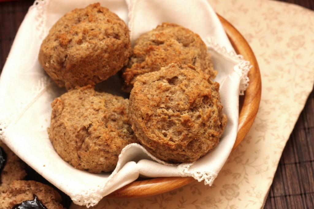 Gluten Free Dinner Rolls (Vegan, Nut free, Egg Free, Dairy Free Gum Free) - MyRealFoodLife.com